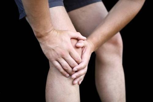 Điều trị giãn dây chằng chéo sau cần lưu ý gì?