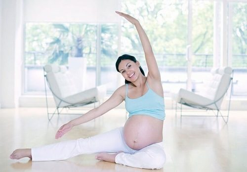 Chị em cần duy trì luyện tập thể dục thể thao hàng ngày để tăng cường sức khỏe