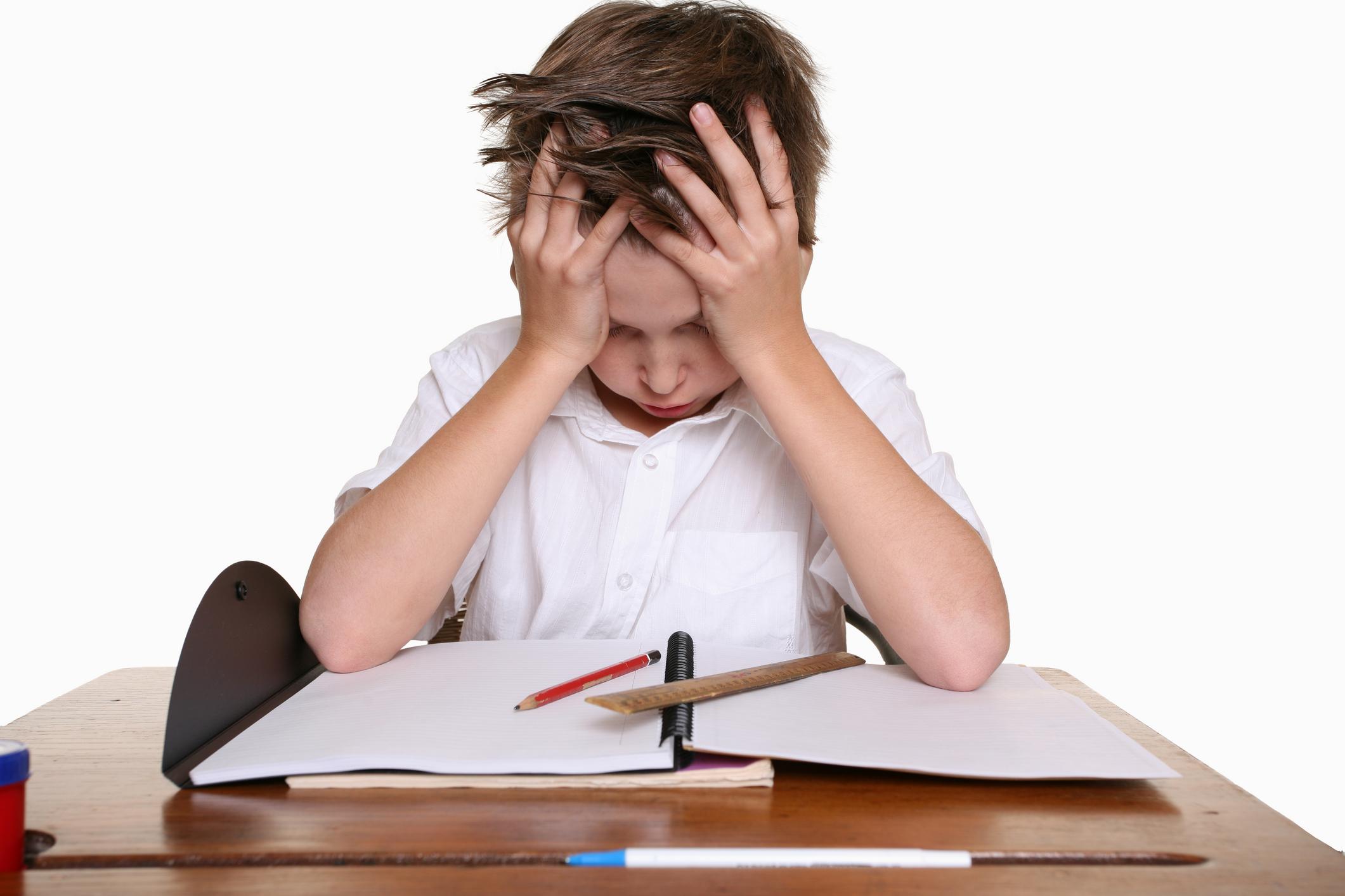 Lo lắng, stress cũng là nguyên nhân dẫn đến chứng bệnh dạ dày ở trẻ em