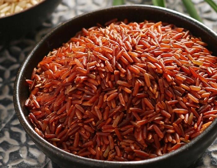 Gạo lứt là thực phẩm nên có mặt trong chế độ dinh dưỡng của mẹ bị mắc tiểu đường thai kỳ