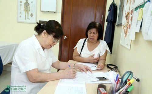 Đáp ứng nhu cầu khám chữa bệnh xương khớp, bệnh viện Thu Cúc đã xây dựng chuyên khoa cơ xương khớp do bác sĩ chuyên khoa II Nguyễn Thị Kim Loan đảm nhiệm