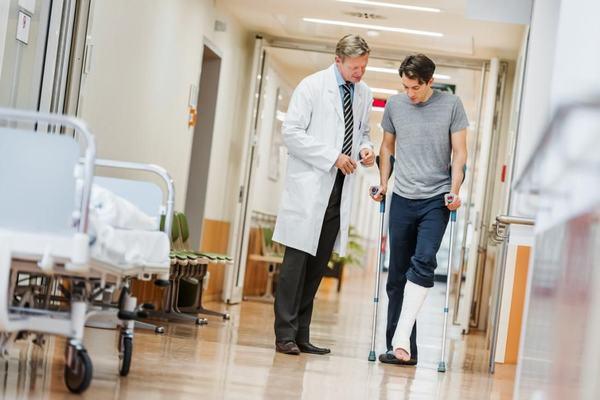 Tuân thủ theo hướng dẫn của bác sĩ sẽ giúp cải thiện sớm tình trạng bệnh