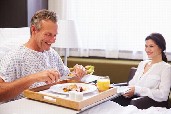 Người bệnh cần ăn uống đúng cách và khoa học để cải thiện sức khỏe