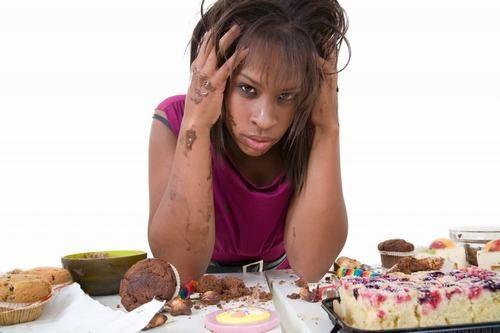 Rối loạn ăn uống là bệnh có liên quan tới thói quen ăn uống, xuất hiện ở cả nam giới và nữ giới.