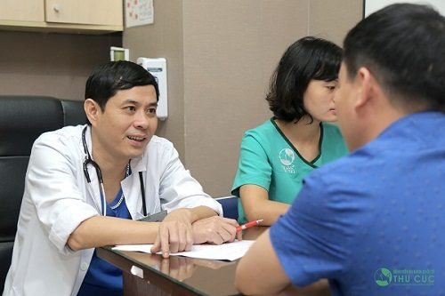Tùy vào độ tuổi, tình trạng bệnh và giai đoạn bệnh cụ thể, bác sĩ sẽ tư vấn phương pháp điều trị bệnh phù hợp