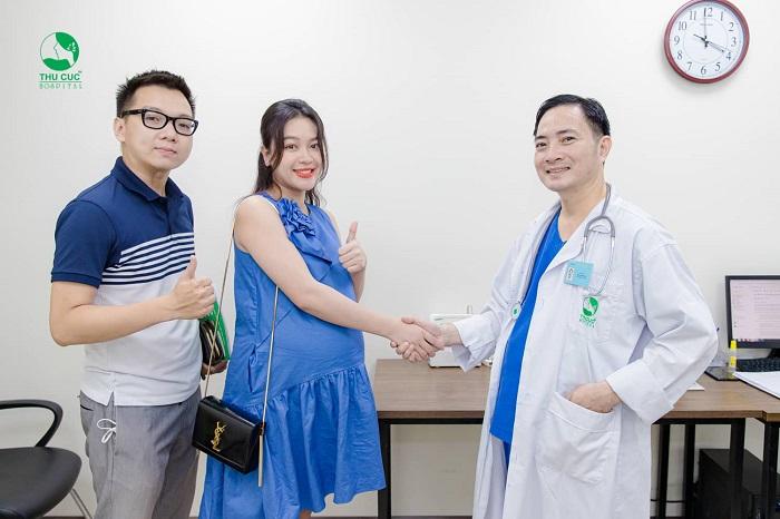 Đội ngũ bác sĩ đầu ngành sẽ đồng hành cùng mẹ và bé trong suốt hành trình mang thai, vượt cạn