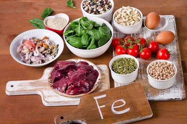Người bệnh cần bổ sung dinh dưỡng trong chế độ ăn uống hàng ngày để cải thiện sức khỏe