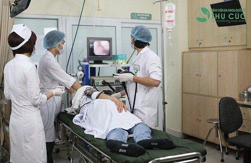 Bệnh nhân nội soi dạ dày tại Bệnh viện Thu Cúc
