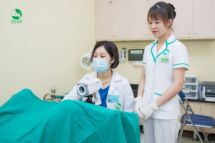 Khám phụ khoa là khám toàn bộ các bộ phận sinh dục.