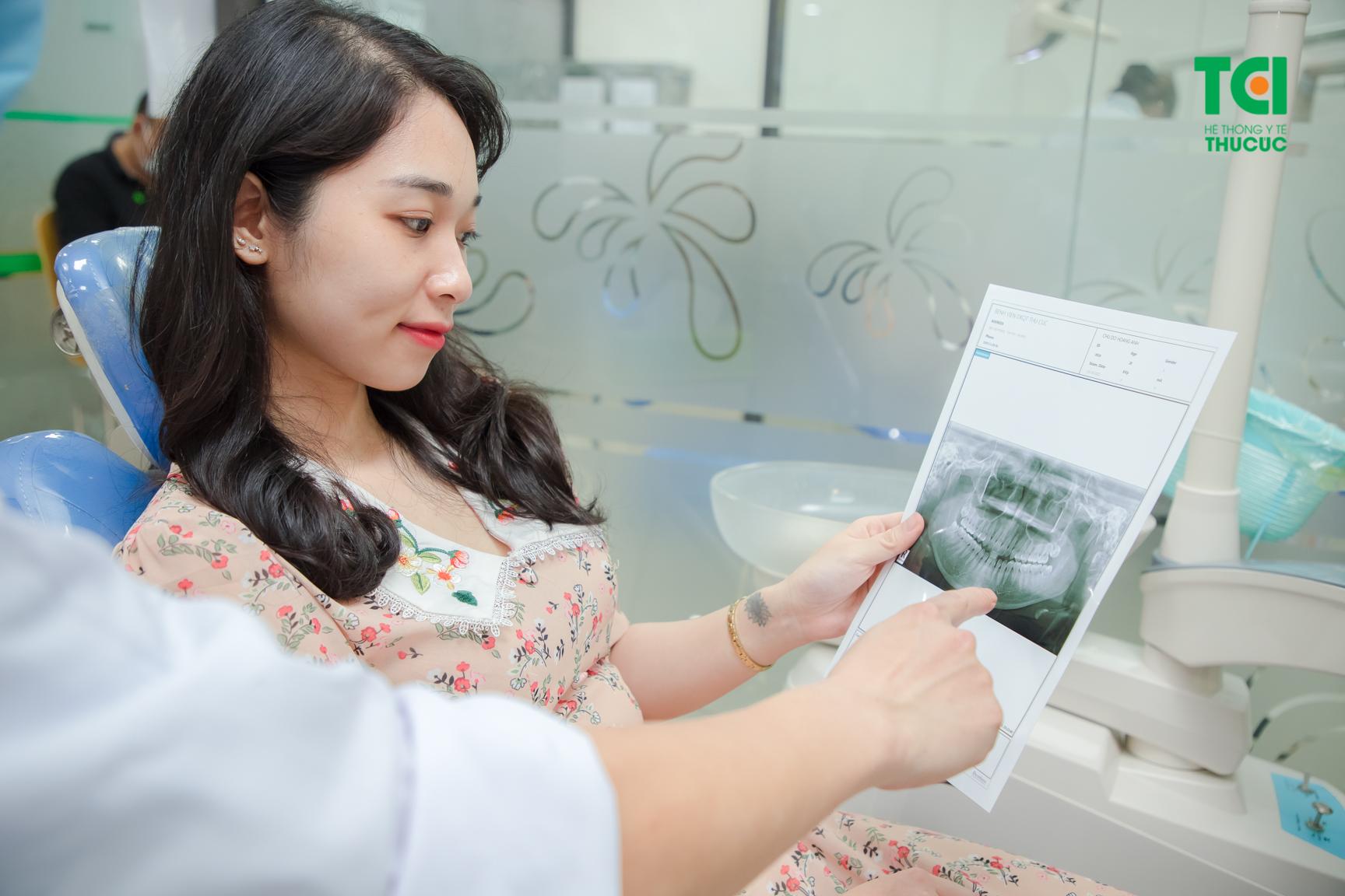 Khi đau mọc răng, hãy chủ động tới thăm khám để được chẩn đoán chính xác