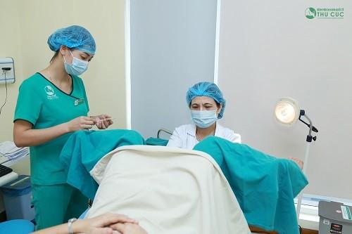 Khi nào nên mổ polyp lòng tử cung?