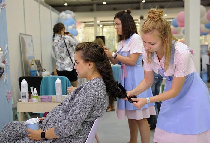 Vẫn có những biện pháp nhuộm tóc thay thế thuốc nhuộm hóa học và an toàn cho mẹ bầu.