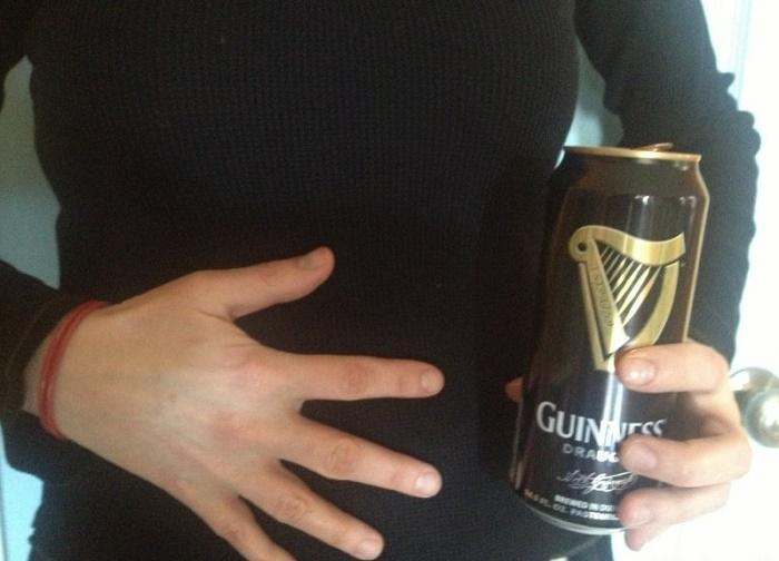 Có thai uống bia được không