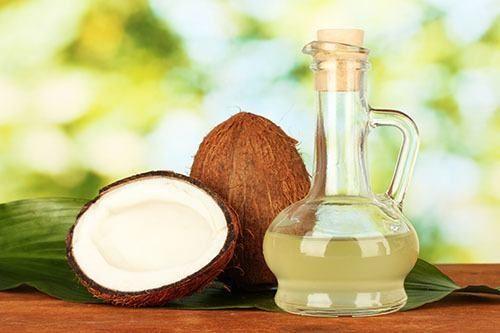 Dầu dừa chứa nhiều dưỡng chất tốt cho sức khỏe