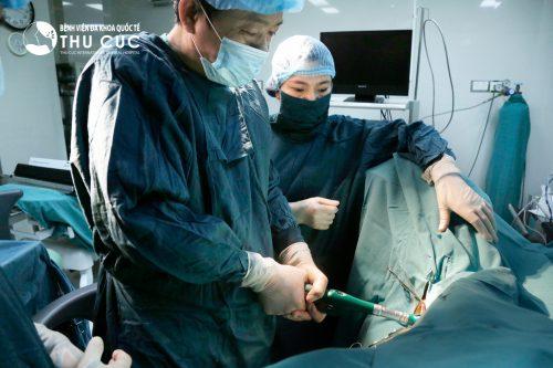 Phương pháp mổ trĩ Longo khắc phục được đáng kể những nhược điểm của phương pháp mổ trĩ cũ.