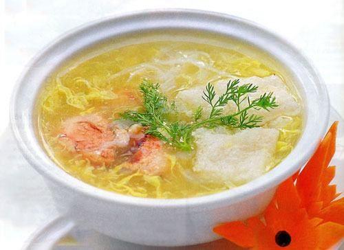 Món súp cũng nằm trong danh sách thực đơn cần bổ sung cho người bị xuất huyết dạ dày.