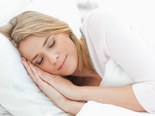 Ngủ ngay sau khi ăn - Coi chừng ung thư