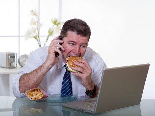 Ăn uống không khoa học làm tăng nguy cơ mắc ung thư dạ dày
