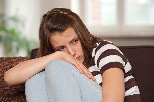 hứng trầm cảm làm thay đổi chế độ sinh hoạt của bạn nên rất dễ mắc táo bón