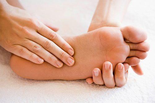 Nguyên nhân gây chứng gai gót chân