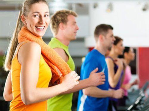 Thường xuyên vận động cũng là cách chữa trị táo bón nhanh nhất