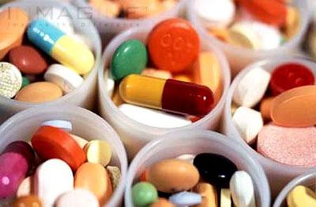 Trước khi nội soi bệnh nhân cũng cần cho bác sĩ biết tiền sử dùng thuốc của mình để đảm bảo an toàn.