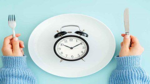 Khi thực hiện nội soi dạ dày có phải nhịn ăn không?