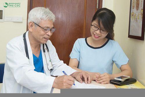 Nhiều người tin tưởng tới khám chữa bệnh với bác sĩ bệnh viện Thu Cúc