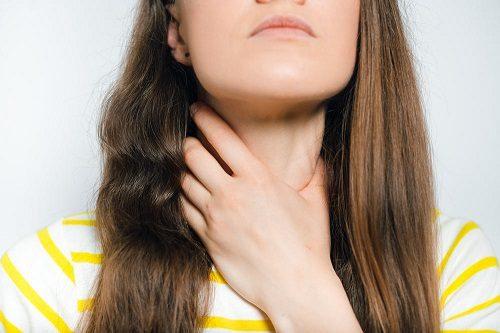 Nội soi dạ dày xong bị đau họng phải làm gì?