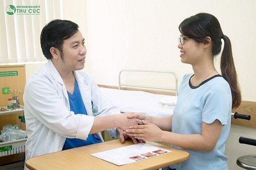 Sau khi nội soi, người bệnh được bác sĩ chuyên khoa giỏi tư vấn và điều trị hiệu quả bệnh (nếu có)