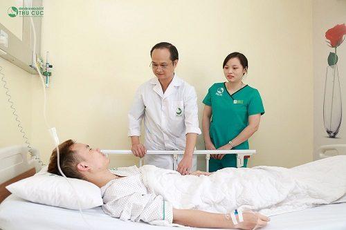 Chăm sóc hậu phẫu chu đáo tại phòng riêng tiện nghi sẽ giúp người bệnh nhanh chóng phục hồi