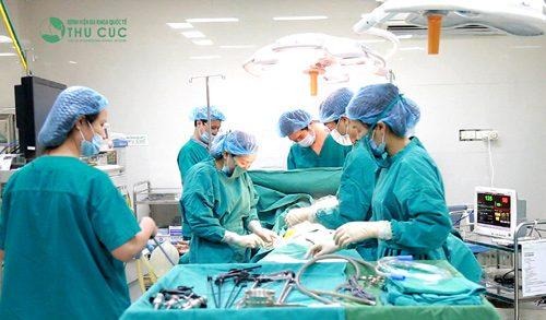 Trĩ nội giai đoạn III và IV cần phải phẫu thuật để điều trị triệt để bệnh.