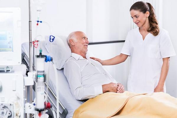 Tỷ lệ sống sau phẫu thuật ung thư dạ dày phù thuộc vào nhiều yếu tố, do đó người bệnh cần tuân thủ theo đúng phác đồ của bác sĩ