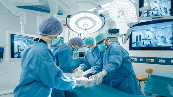 phẫu thuật ung thư lưỡi loại bỏ khối u