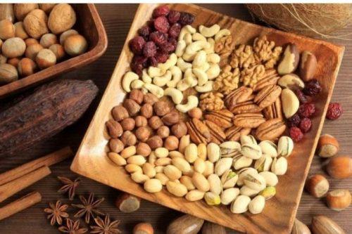Các loại hạt rất giàu khoáng chất, axit béo, protein và omega-3