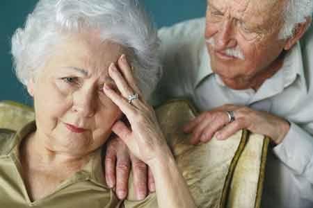 Tìm hiểu bệnh đường ruột ở người già sẽ giúp mọi người sớm nhận biết và điều trị tích cực các bệnh này.
