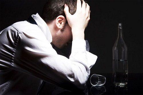 Rượu - Thủ phạm gây tổn thương đường tiêu hóa