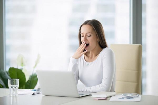 Để sái quai hàm không tái phát thì bạn cần lưu ý tránh nhai thức ăn cứng, tránh ngáp lớn