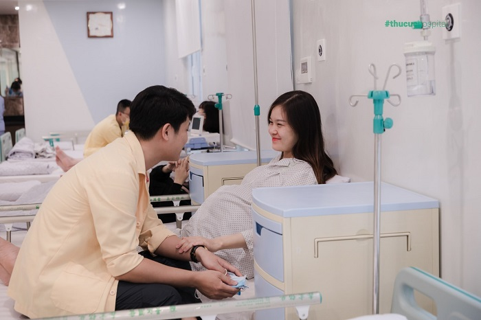 Và mẹ bầu Nguyễn Thị Hương dù mang thai đôi nhưng có Thai sản trọn gói của bệnh viện Thu Cúc , mọi thứ trở thành