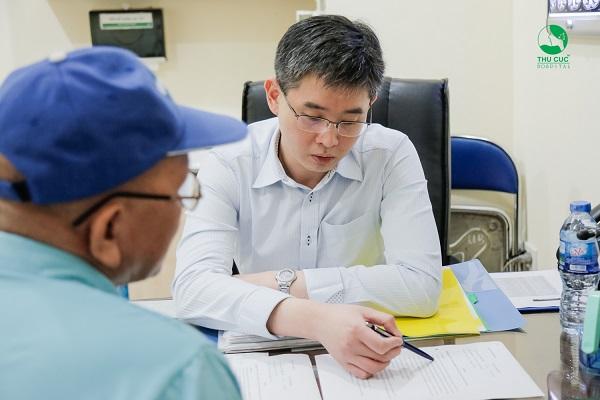 Nếu là ung thư dạ dày, người bệnh sẽ được tư vấn điều trị ung thư với chuyên gia ung bướu Singapore TS. BS Zee Ying Kiat