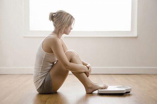 Kém ăn, ăn không ngon miệng khiến những người bị viêm loét dạ dày tá tràng sút cân