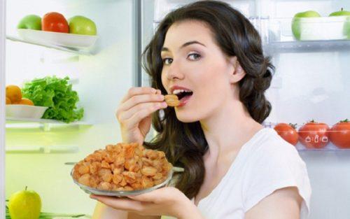 Thường xuyên ăn nhãn có có thể giúp đẹp da, chống mất ngủ, trị suy nhược cơ thể...