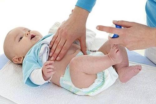 Tắc ruột sơ sinh là hội chứng cấp cứu ngoại khoa thường gặp nhất ở trẻ sơ sinh, thường xảy ra trong vòng 15 ngày sau sinh