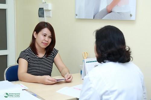 Chị em nên thăm khám sớm khi nghi ngờ bị viêm nhiễm phụ khoa