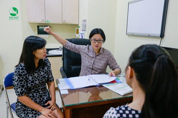 Trường hợp mắc ung thư, chị em được tư vấn điều trị với chuyên gia ung bướu hàng đầu Singapore
