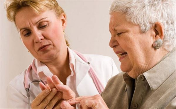 Mặc dù ung thư có thể xuất hiện ở nhiều độ tuổi khác nhau nhưng nhìn chung nguy cơ mắc bệnh tăng dần theo độ tuổi
