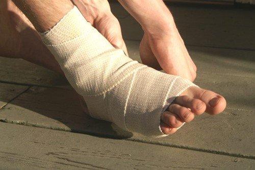 Đứt gân chân ảnh hưởng lớn để khả năng vận động của người bệnh