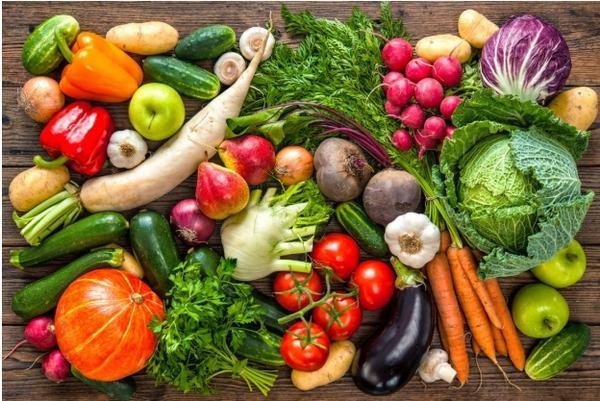 Bên cạnh vận động, bệnh nhân nên có chế độ ăn uống khoa học