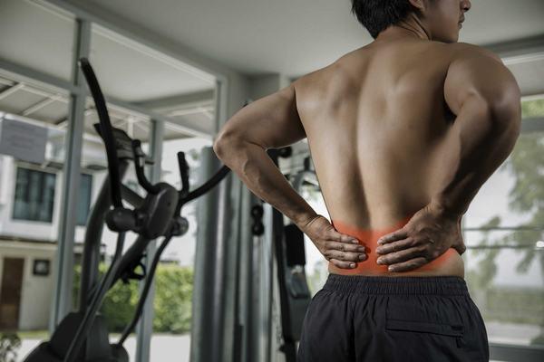 Người bệnh thoát vị đĩa đệm vẫn có thể tập gym nhưng với các bài tập phù hợp