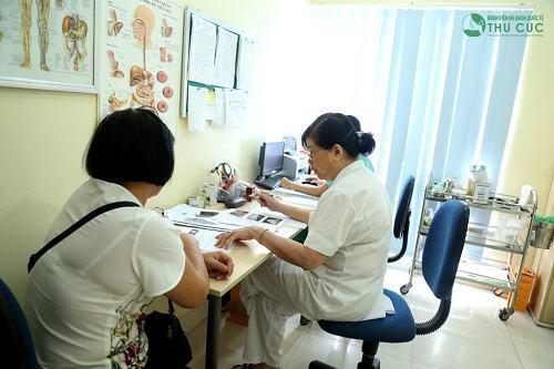 Bệnh viện Thu Cúc là địa chỉ chữa thoát vị đĩa đệm cột sống thắt lưng được nhiều người tin tưởng lựa chọn.
